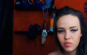 18ans fait des webcams scato caca pisse et vomi