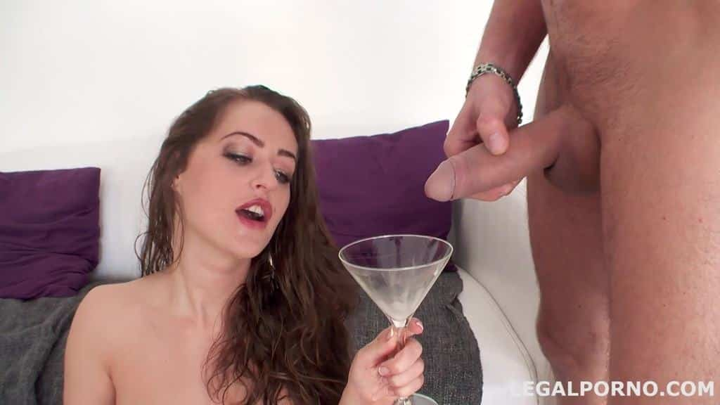 5 on 1 Pissing Drinking, No Pussy. Kendra Star finally got Giorgio's treatment GIO34