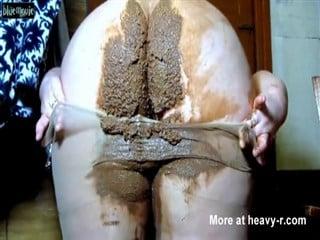 Des tonnes de merde dans ses collants