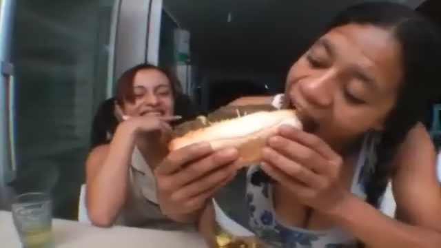 Scatophilie made In BRAZIL. Caca hot dog .